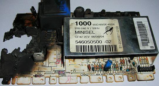 Сгоревший электронный модуль стиральной машины